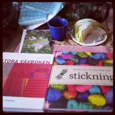 The weaving book (left.)