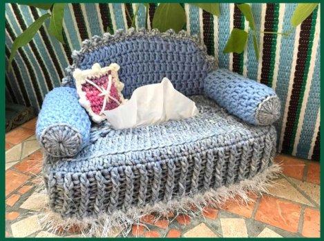 kosmetiktuecherbox-sofa-604x450.jpg